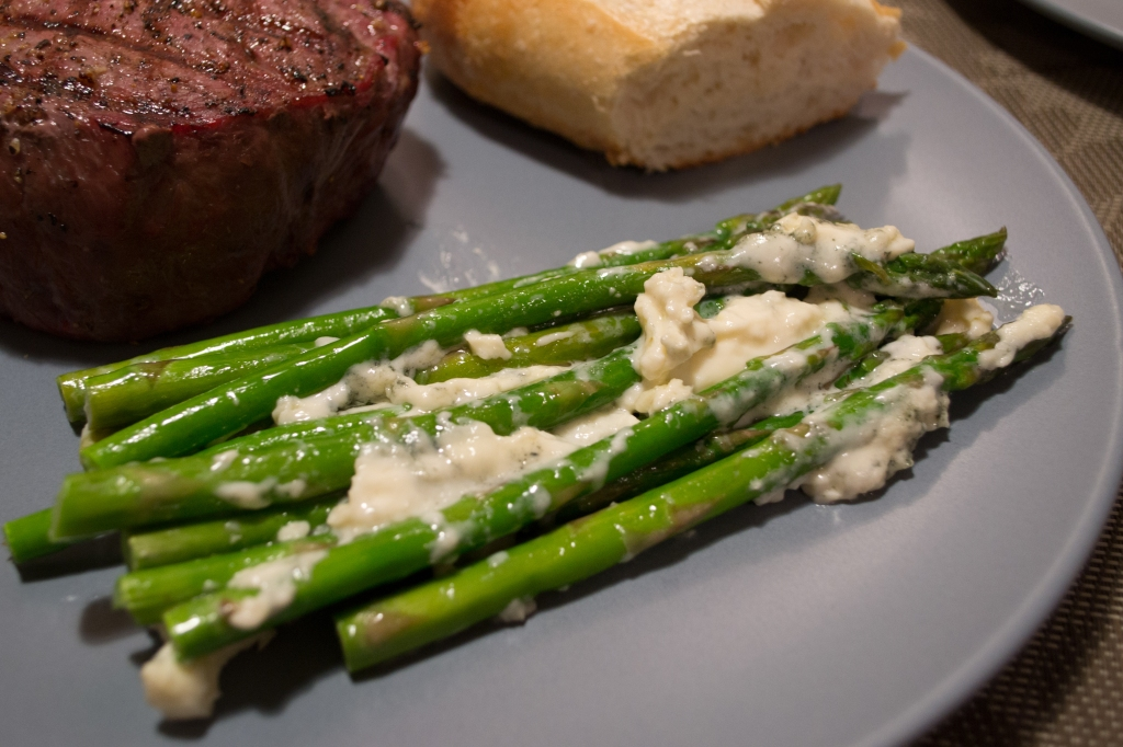 Asparagus with Gorgonzola